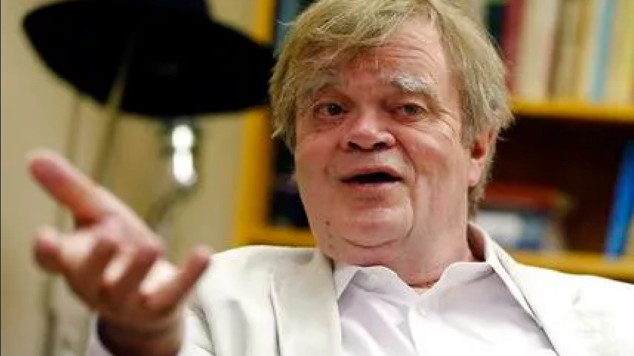 Garrison Keillor said he hopes the sexual allegations against him are fading way and believes Minnesota Public Radio made a grave mistake when it cut its ties with him. (Source: AP Photo/Jim Mone)