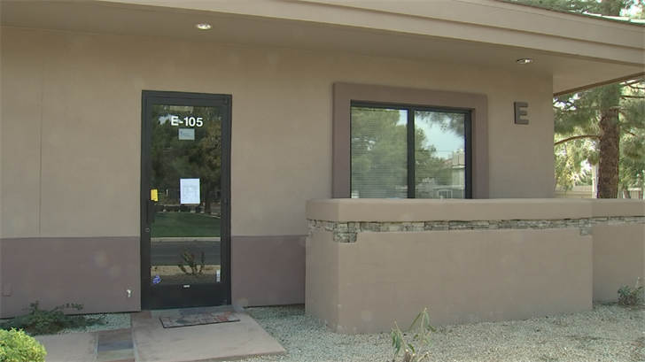 Dozens of Valley families are looking for helpafter their pediatrician's office suddenly shut down. (Source: 3TV/CBS 5)