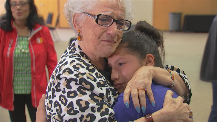 Tears, hugs and a lot of laughter filled the hall at Beth El Congregation when students from Hartford Sylvia Encinas Elementary School got a chance to meet their hero, holocaust survivor Eva Hance. (Source: 3TV/CBS 5)