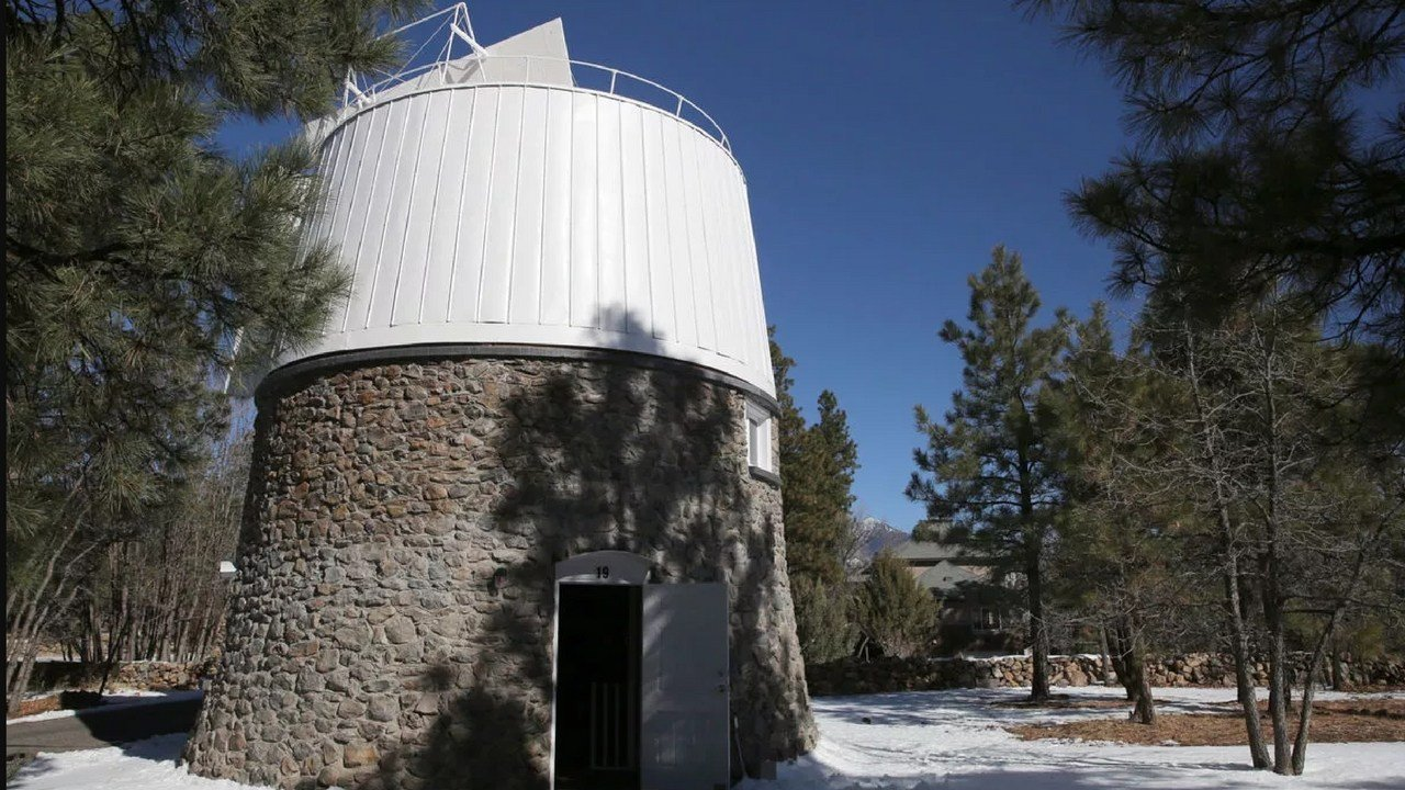 The restoration of the Pluto Discovery Telescope included restoring the dome that houses the instrument. That included a new door, new windows and new leak-proof roofing. (Source: Jake Bacon/ Arizona Daily Sun)
