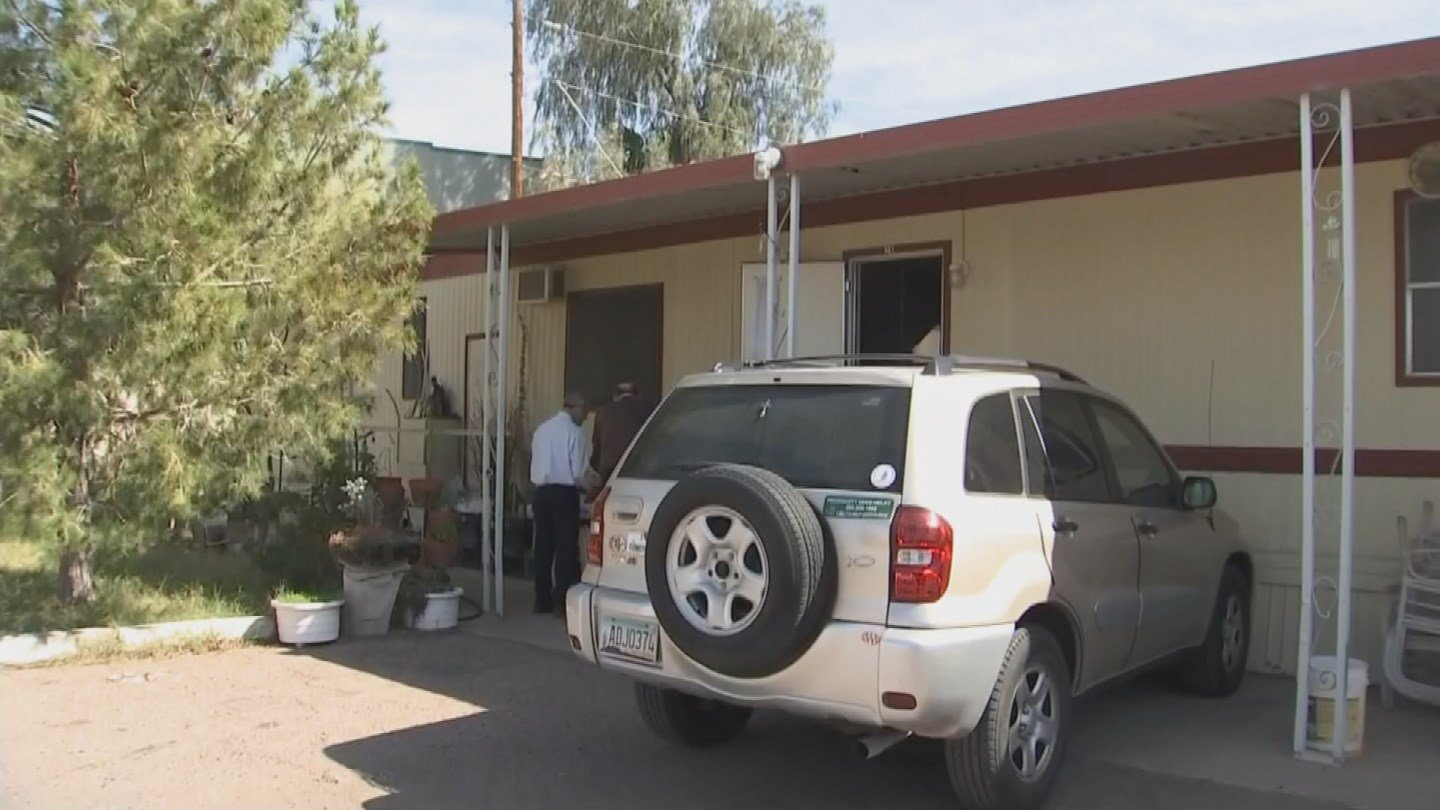 Residents of Tempe Mobile Home Park have until July to find a new home. (Source: 3TV/CBS 5 News)