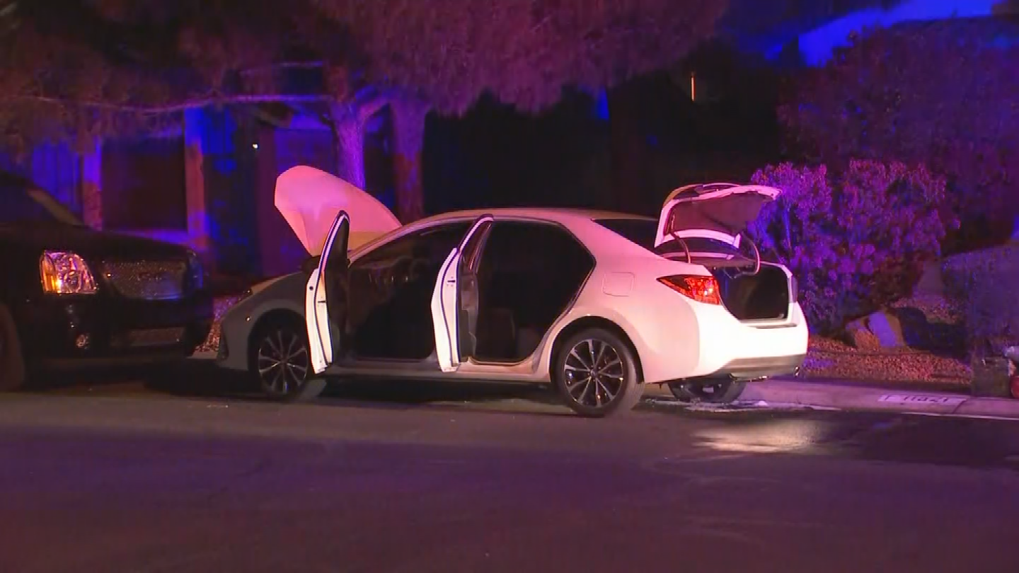 Authorities are investigating after two vehicles caught fire in a short span of time just a few houses apart in a Peoria neighborhood early Wednesday morning. (Source: 3TV/CBS 5)