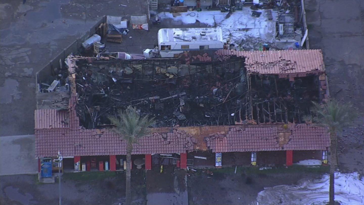 A Glendale convenience store was destroyed by a first-alarm fire early Wednesday morning. (Source: 3TV/CBS 5)