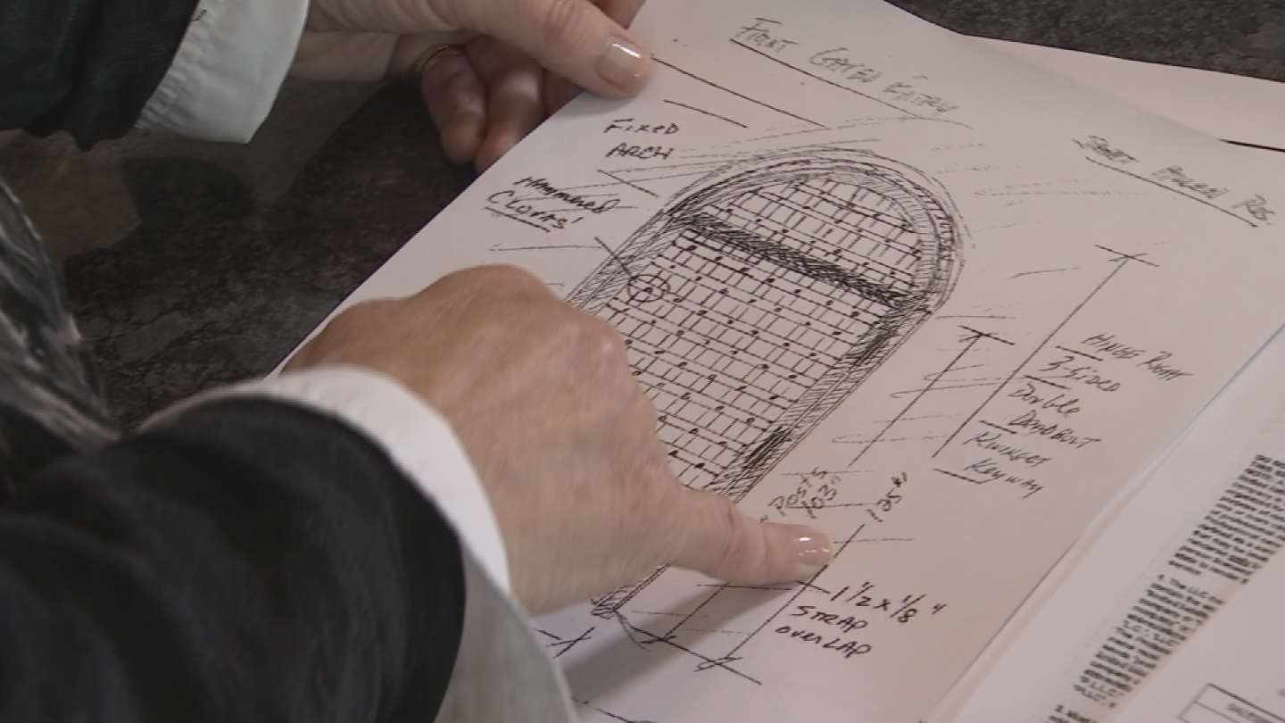 """I wanted a gate that would open to give me extra security,"" said Janet Allen. (Source: 3TV/CBS 5)"