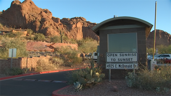 There aredangers of a hike at night. (Source: 3TV/CBS 5)