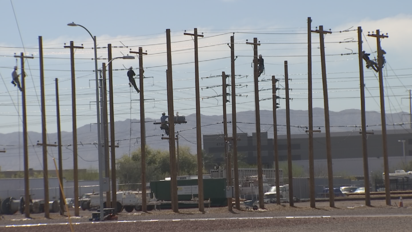 The aerial linemen are also keeping crews out of danger. (Source: 3TV/CBS 5)