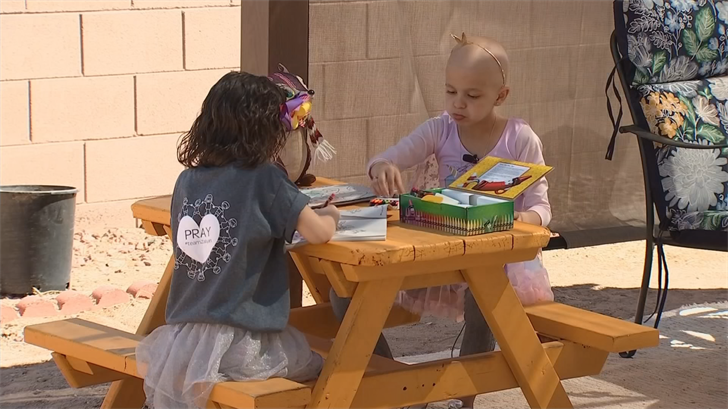 While out at Wildlife World Zoo, Arizona's Family Surprise Squad set up a brand new playset. (Source: 3TV/CBS 5)