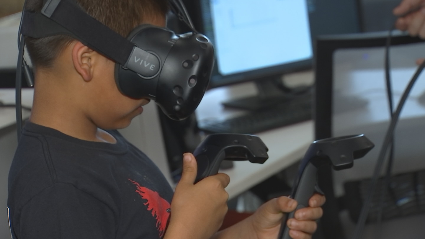 For most of the kids, it was the first time the kids experienced virtual reality, Arellano said. (Source: 3TV/CBS 5)