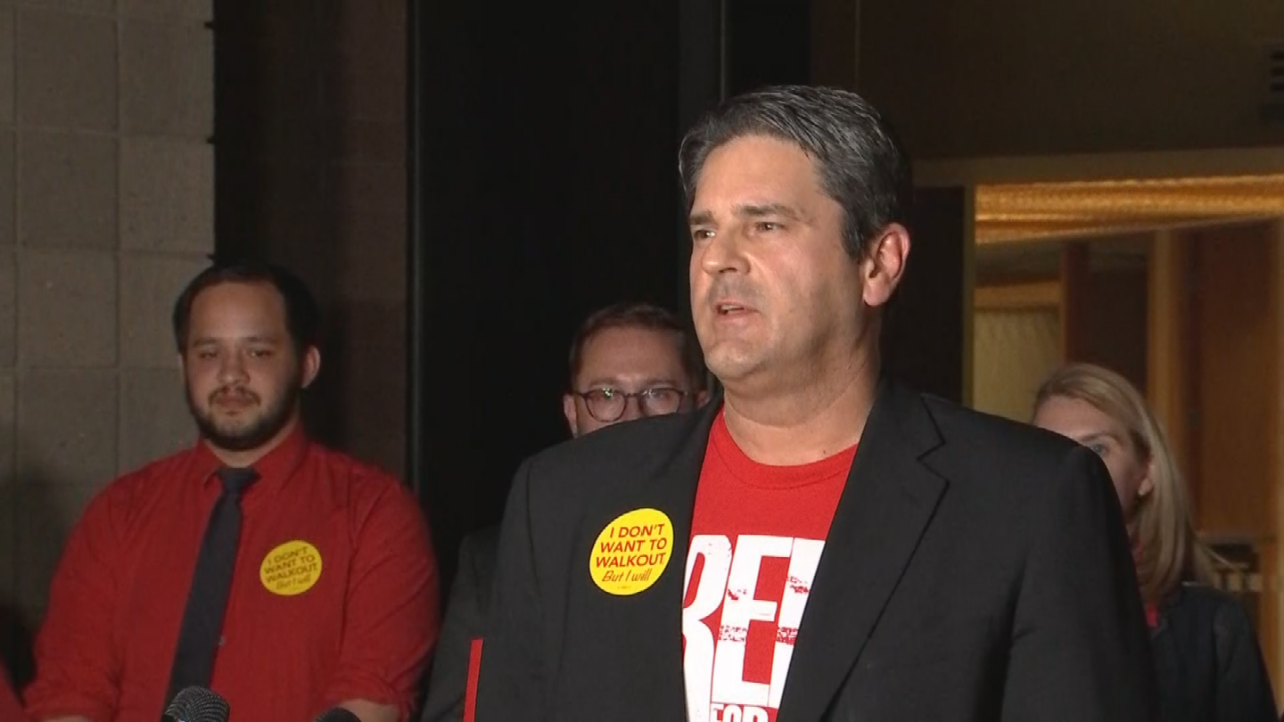 Arizona teachers announce walkout starting Thursday, April 26th