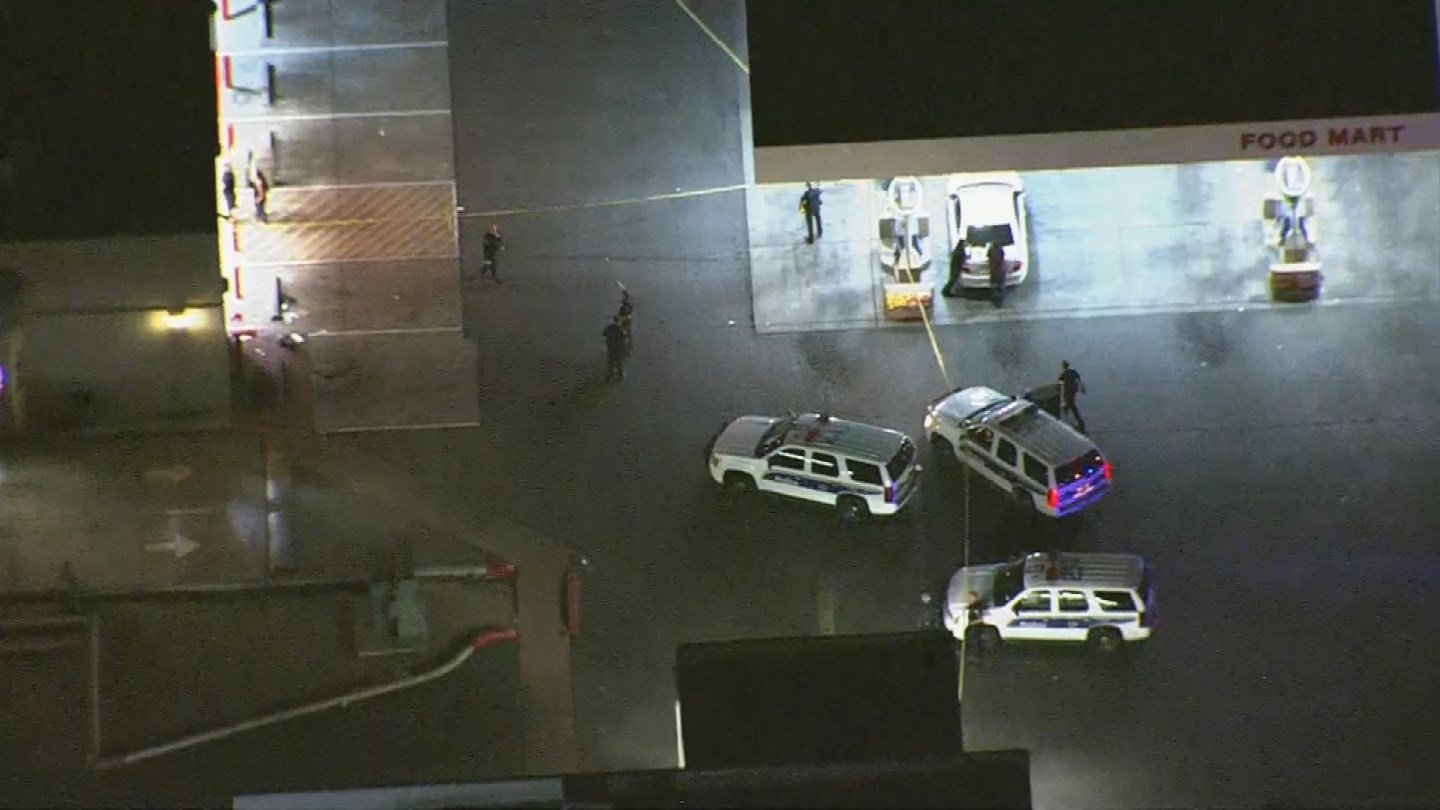 Phoenix police on scene of a shooting near 19th Ave. and Southern. (Source: 3TV/CBS 5 News)