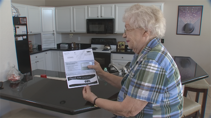 Elizabeth Dehler finally got her $300 Visa gift card. (Source: 3TV)