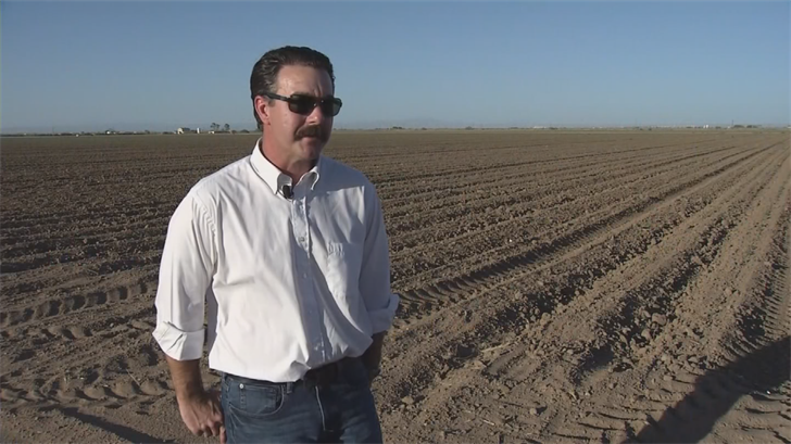 For three generations, Sean Dugan's family has been farming out in Casa Grande.Currently, they have several fields with cotton on them. Soon Dugan hopes he'll be able to start growing another cash crop.(Source: 3TV/CBS 5)