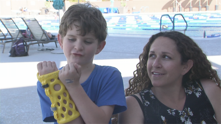 Maddox was still able to enjoy the water even with a broken wrist. (Source: 3TV/CBS 5)