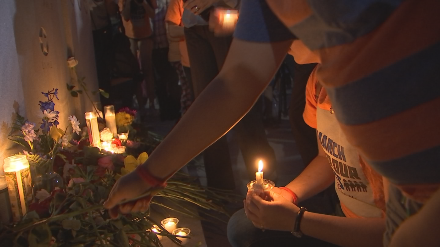 Dozens gathered on Monday night in front of the Arizona Capitol to mourn the loss of 10 students and teachers killed in Texas, Friday. (Source: 3TV/CBS 5)