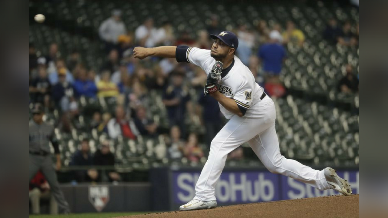 Milwaukee Brewers starting pitcher Jhoulys Chacin throws during the first inning of a baseball game against the Arizona Diamondbacks Tuesday, May 22, 2018, in Milwaukee. (Source: AP Photo/Morry Gash)