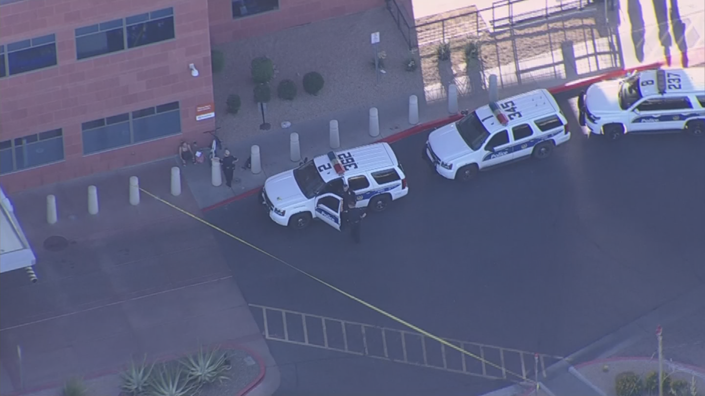 Police believe the suspect with the knife and the two in the car knew each other. (Source: 3TV/CBS 5)