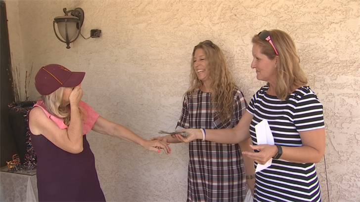 Fifth grade teacher Lori Pies has seen what a struggle its been for Elliott, recovering from so many health problems, so she reached out to CBS 5 to help the teacher's aide who's helped so many others. (Source: 3TV/CBS 5)