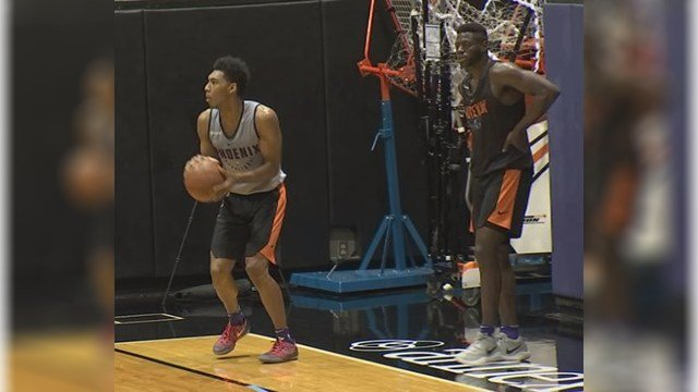 Former Arizona Wildcats Allonzo Trier and Rawle Alkins workout for the Phoenix Suns on Friday. (Source: 3TV/CBS 5)