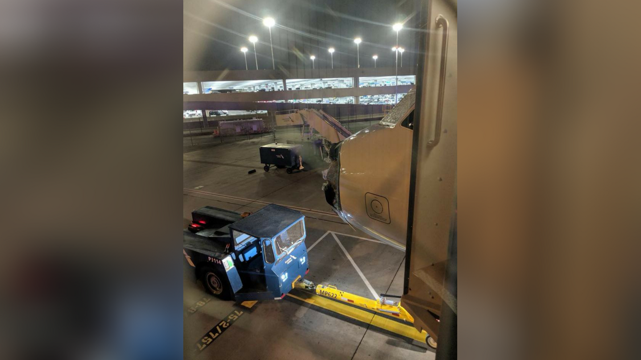 American Airlines Airbus jet emergency landing with cracked windshield