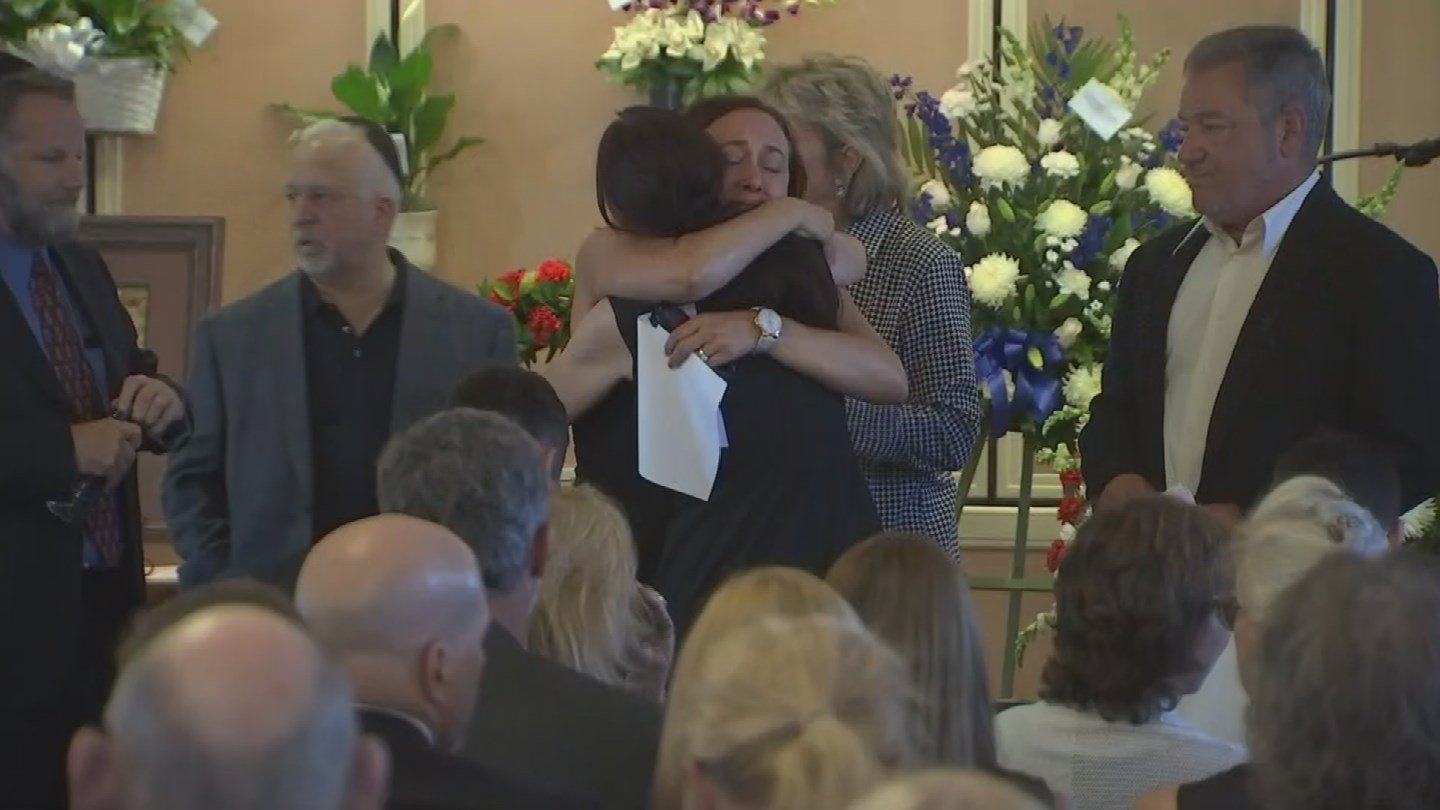 Friends and family of Dr. Steven Pitt gathered to remember him today. (Source: 3TV/CBS 5 News)