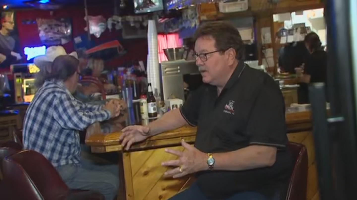 At Al and Diane's Red Onion Lounge in Heber, it is business as usual, thanks to their backup generator. (Source: 3TV/CBS 5)