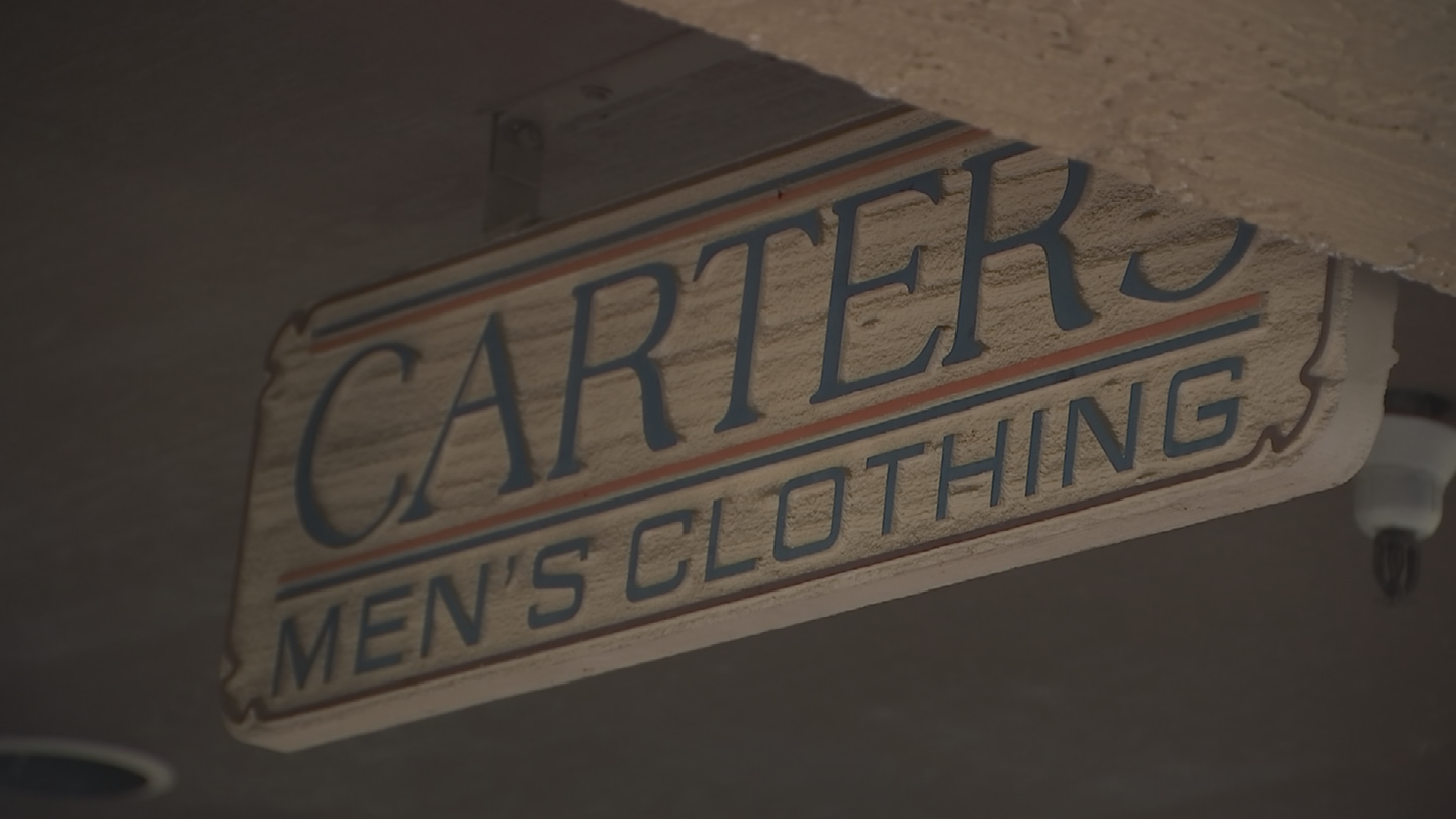 As an ASU journalism student back in the '80s, Spade, then Kate Brosnahan, was hired by Carter's Men's Clothing at 44th Street and Camelback. (Source: 3TV/CBS 5)