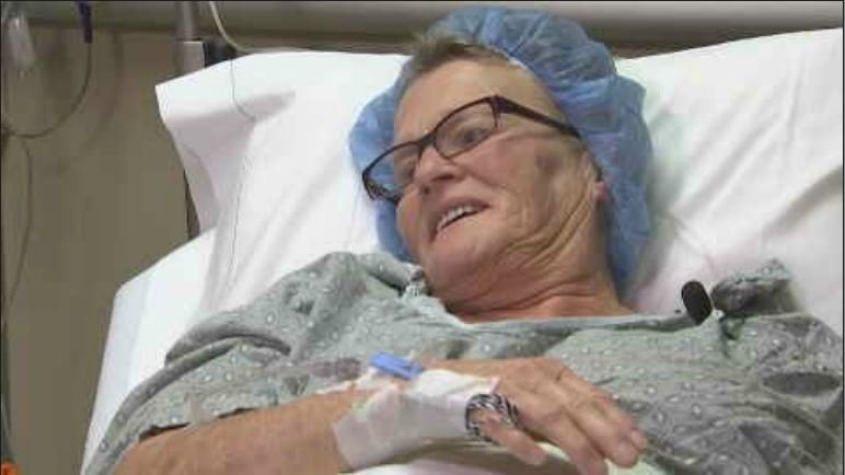 We met up with Debra Lambertus at Abrazo Arrowhead Hospital in Glendale, a couple hours before undergoing the breakthrough, 3D robotic procedure. (Source: 3TV/CBS 5)