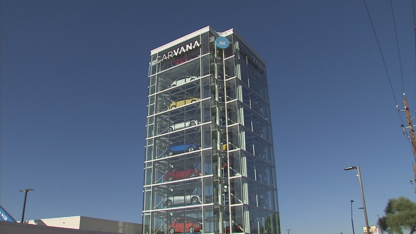 The Carvana vending machine in Tempe is now full of brand new cars. (Source: 3TV/CBS 5)