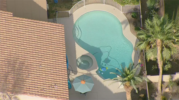 A toddler was pulled from a pool in Gilbert. (Source: 3TV/CBS 5)
