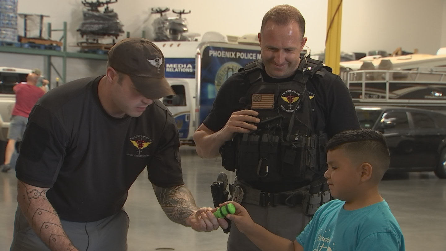 Julian spent some time with Phoenix SWAT officers Wednesday. (Source: 3TV/CBS 5)