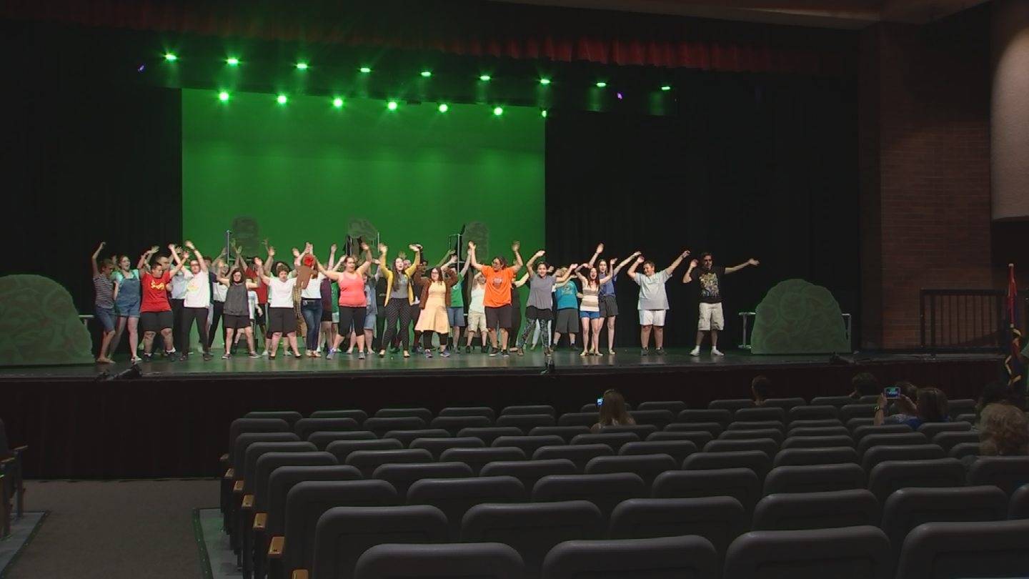 "All 35 actors and actresses in Red Mountain High School's ""Shrek, the Musical, Jr."" are young people with special needs. (Source: 3TV/CBS 5)"