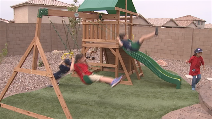 Bitsui children playing in their new backyard. (Source: 3TV/CBS5)