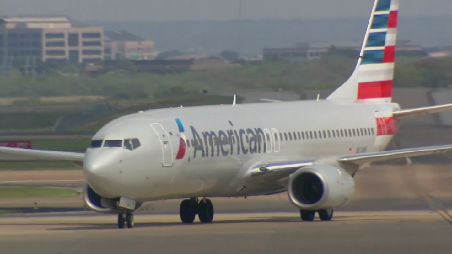 File photo of American Airlines plane. (Source: CNN)
