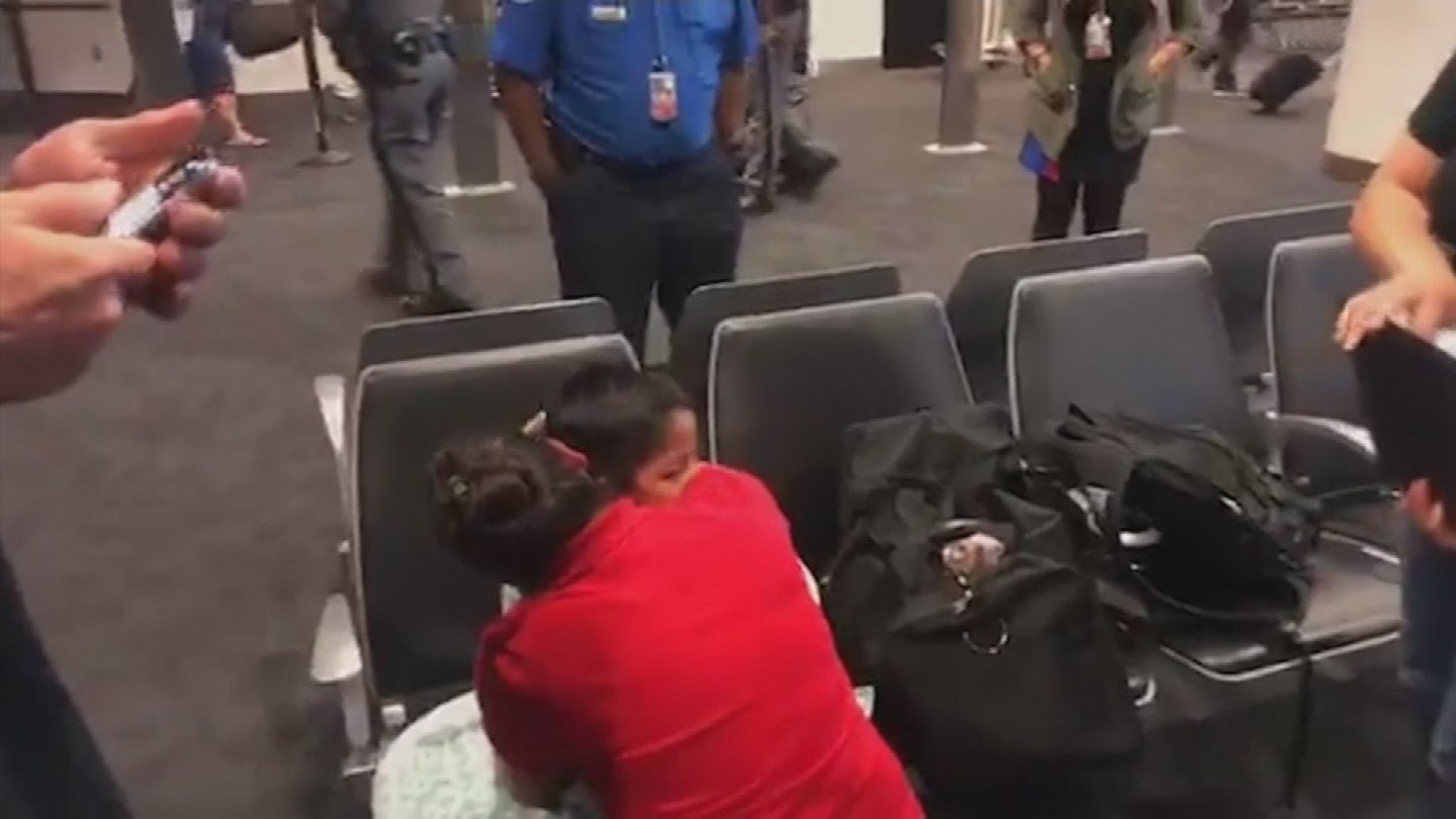 A mother and child are reunited in Baltimore. (Source: 3TV/CBS 5 News)