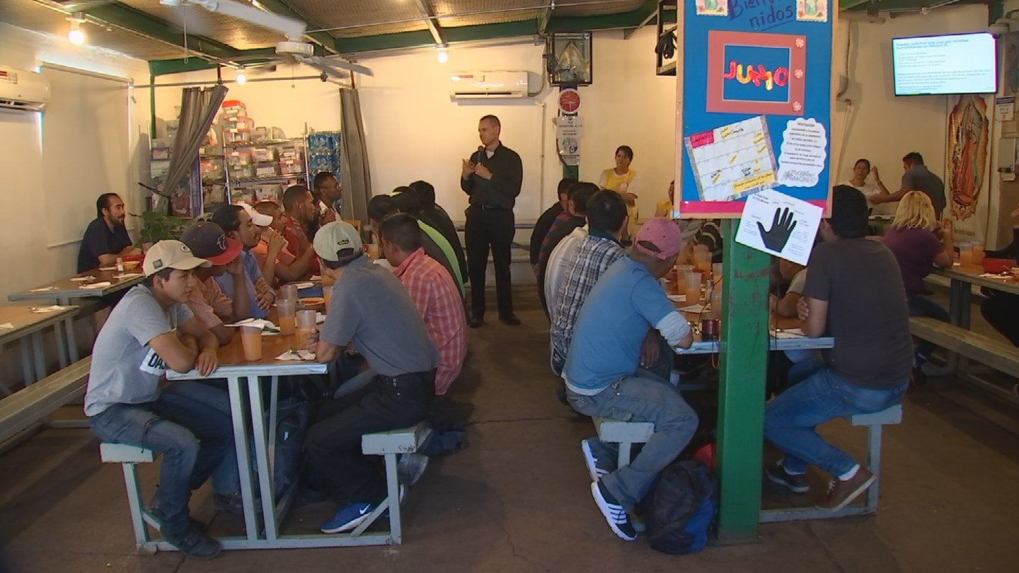 A meal kitchen serves migrants and refugees in Nogales, Sonora, through an organization called the Kino Border Initiative. (Source: 3TV/CBS 5)