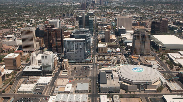 Milestone Technologies Inc. is expanding to Phoenix, bringing 100 new jobs. The company will focus on artificial intelligence and automation. (Source: Photo by Nick Serpa/Cronkite News)