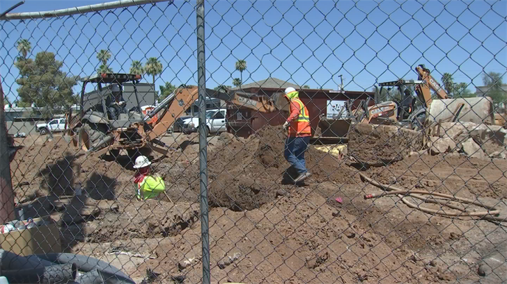 A lot of people have to work in the heat. (Source: 3TV/CBS 5)