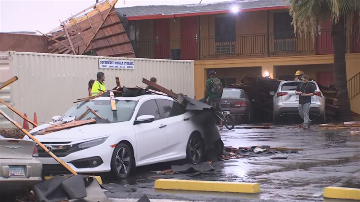 The monsoon storm blew a roof off an apartment complex in Phoenix. (Source: 3TV/CBS 5)
