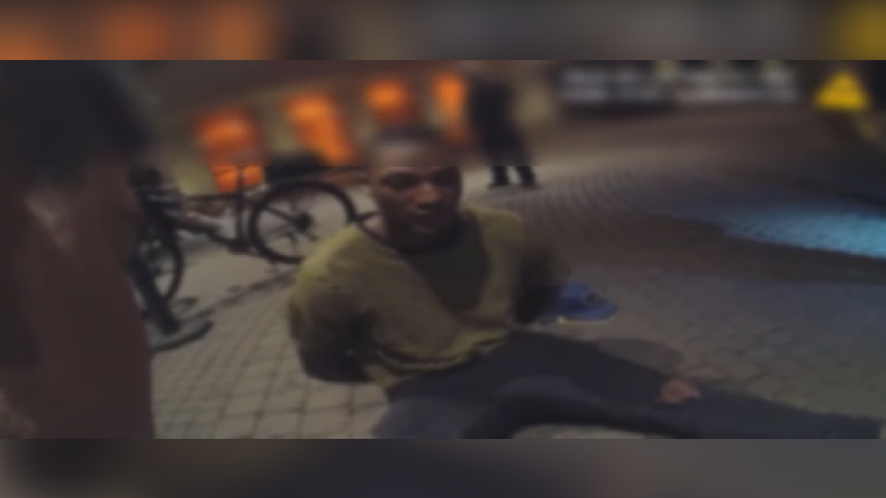 Body-cam video shows Seal-Jones talking to an officer at the W hotel in Scottsdale. (Source: Scottsdale Police Department)