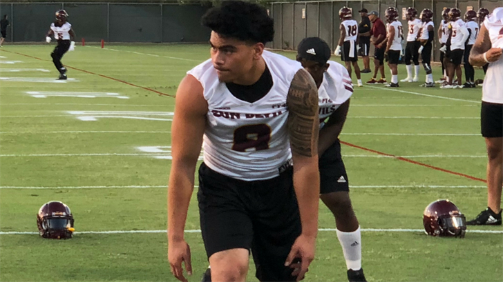 Merlin Robertson lines up during practice on Aug. 3, 2018 (Photo: Brad Denny)