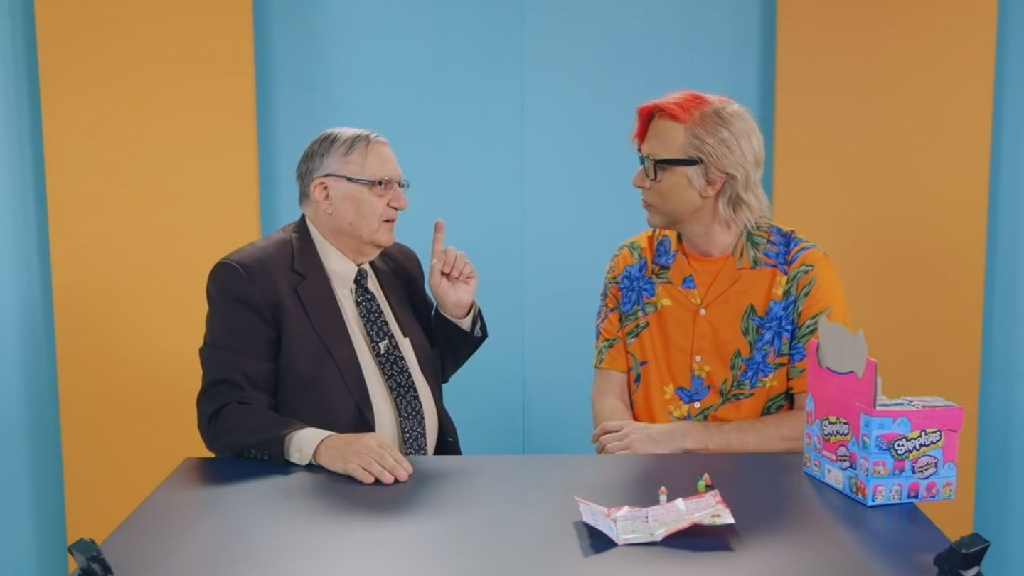 """Former Maricopa County Sheriff Joe Arpaio with Sacha Baron Cohen on the TV show """"Who Is America?"""" (Source: Showtime)"""