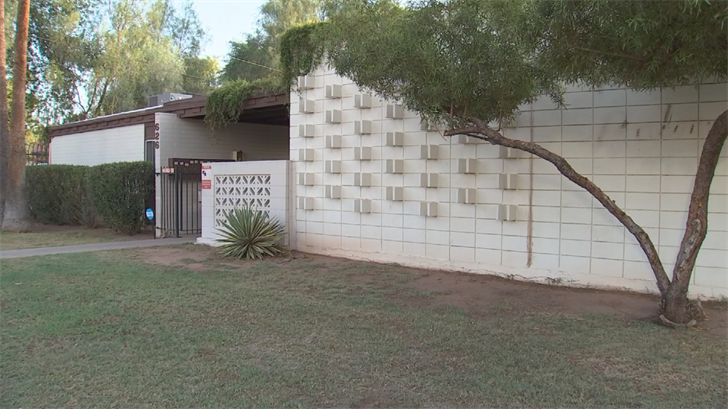 "A 1960s apartment in downtown Tempe is now ""owned"" by more than 100 people, all of them Arizonans. (Source: 3TV/CBS 5)"
