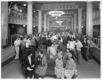 """Tucson's first """"skyscraper,"""" the eleven story Consolidated National bank building, was opened and visited by 33,000 people in two days. By Arizona Historical Society"""