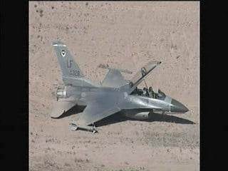 An F-16D Fighting Falcon lost power and was forced to make an emergency landing at the Wickenburg Municipal Airport Thursday morning. By Catherine Holland