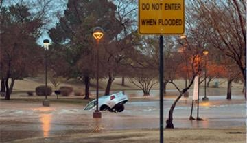 Car stuck in floodwaters at Indian Bend Wash By Jennifer Thomas