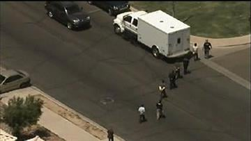 Law enforcement officials busted a suspected drop house in west Phoenix Thursday afternoon. By Catherine Holland