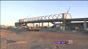 Construction is moving along on the PHX Sky Train™. The structural framework is now complete. By 3TV