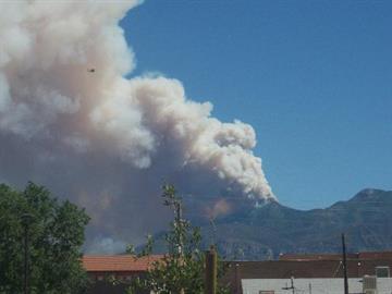 Monument Fire near Sierra Vista By Jennifer Thomas