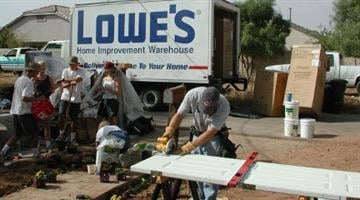 Gilbert Cares would not be able to do its work without the generous support of local businesses and hard-working volunteers. By Catherine Holland