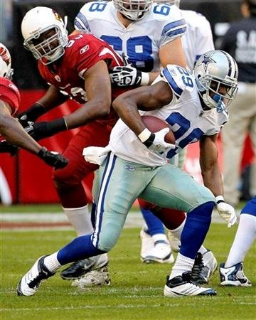 Dallas Cowboys running back DeMarco Murray (29) breaks free on a run against the Arizona Cardinals during the first half of an NFL football game, Sunday, Dec. 4, 2011, in Glendale, Ariz. (AP Photo/Matt York) By Matt York